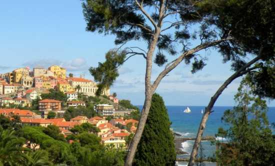 Veduta del Parasio a Porto Maurizio - Imperia (4118 clic)