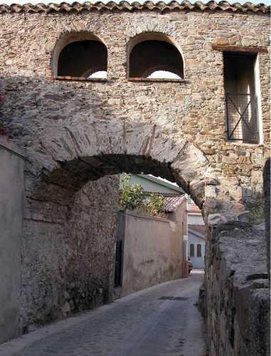 portico petretto - Muravera (3581 clic)