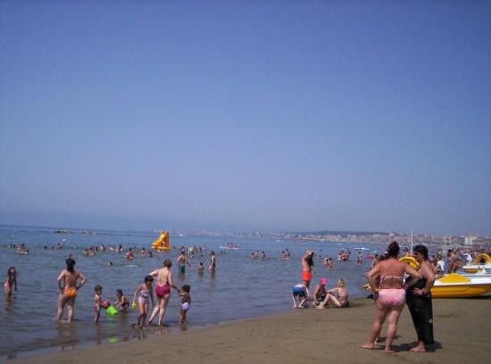 Spiaggia - Nettuno (6634 clic)