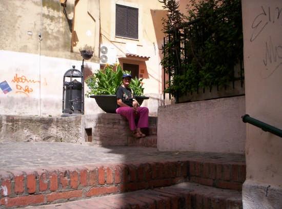 Piazzola di sosta al Borgo - Nettuno (2318 clic)