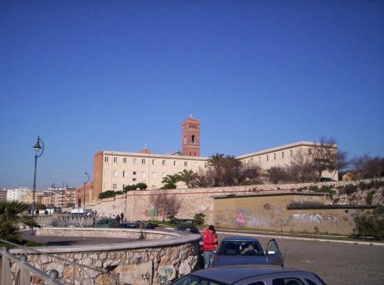 Nettuno retro della chiesa di S.M.Goretti (3650 clic)