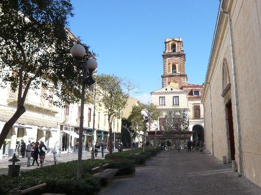 Corso Italia e campanile del Vescovado di Sorrento (2886 clic)
