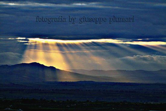 tramonto nuvoloso - Motta sant'anastasia (2437 clic)