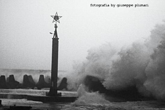 mare forza 10 - Stazzo (1772 clic)
