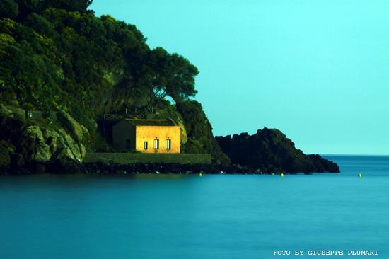 isola lachea notturno (2675 clic)