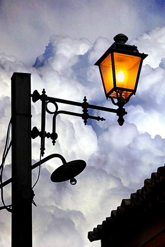lampione - Motta sant'anastasia (2331 clic)
