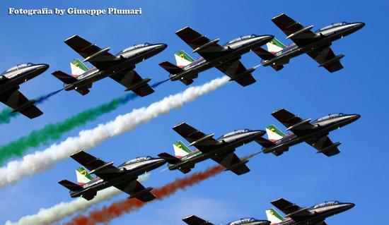frecce tricolori (230 clic)