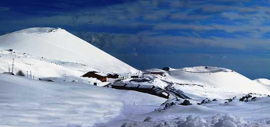 coni vulcanici spenti - Etna (3746 clic)