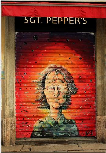 John Lennon - MILANO - inserita il 13-Apr-12