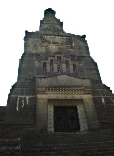 Il Mausoleo della famiglia Crespi - Crespi d'adda (2417 clic)