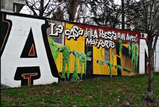 La Casa della Poesia non avrà mai porte - Milano (539 clic)
