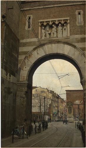 Porta Ticinese - MILANO - inserita il 12-Mar-12