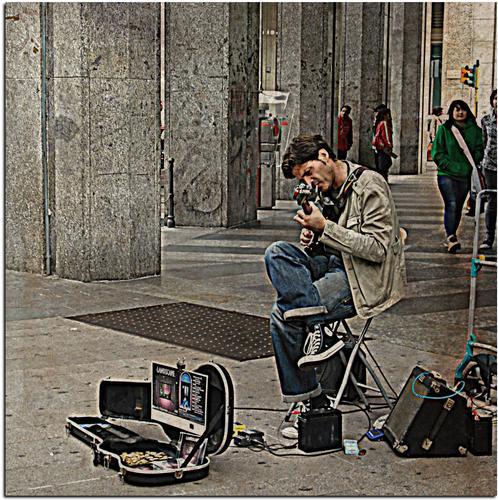 Musicisti di Strada - Milano (2219 clic)