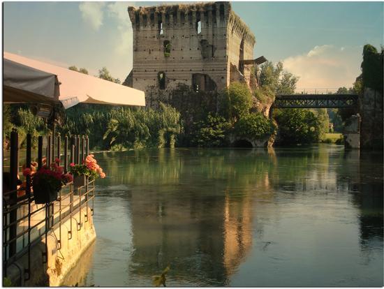 Il Ponte Visconteo visto da - Borghetto (1177 clic)