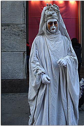 Artista di Strada - MILANO - inserita il 27-Dec-12