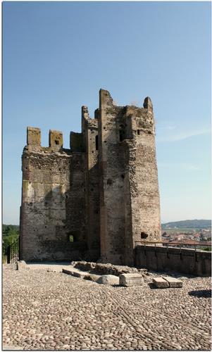 Il Castello Scaligero - Valeggio sul mincio (1100 clic)