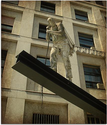 L' Uomo della Luce - Milano (1457 clic)
