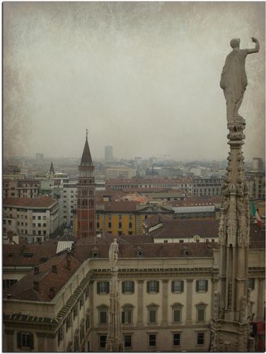 ...dal Duomo di Milano (1000 clic)