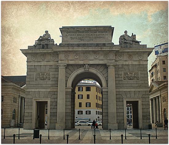Porta Garibaldi - Milano (2711 clic)
