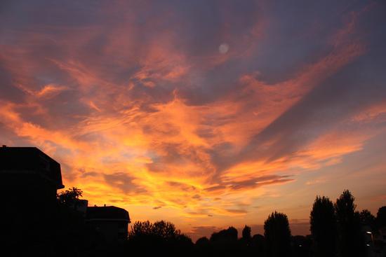 Un tramonto di Fuoco - Melzo (2317 clic)