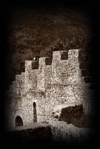 antica merlatura - Caneva (1590 clic)