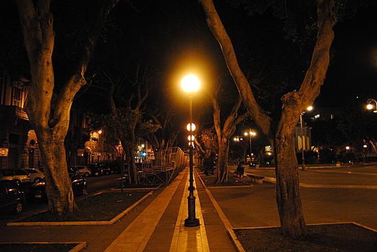 Notturno - Cagliari (2073 clic)