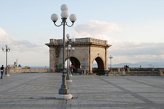 Simmetria - Cagliari (2294 clic)