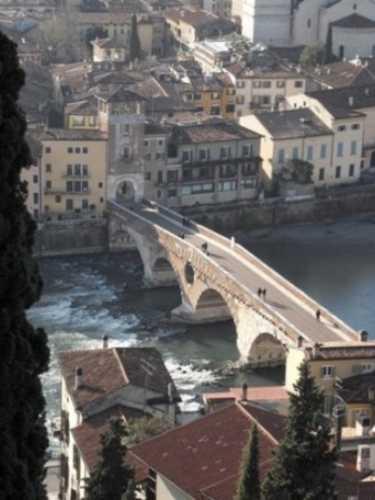 Ponte Pietra - Verona (2128 clic)