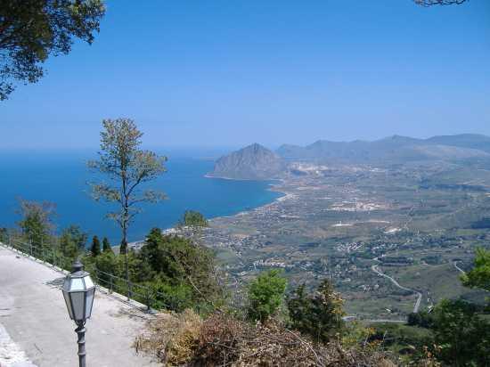 Da Monte Erice guardo Monte Cofano - Cornino (4485 clic)