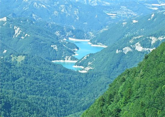 Lago e diga di Ridracoli vista da Prato Penna(Badia Prataglia) - BADIA PRATAGLIA - inserita il 27-Jun-11