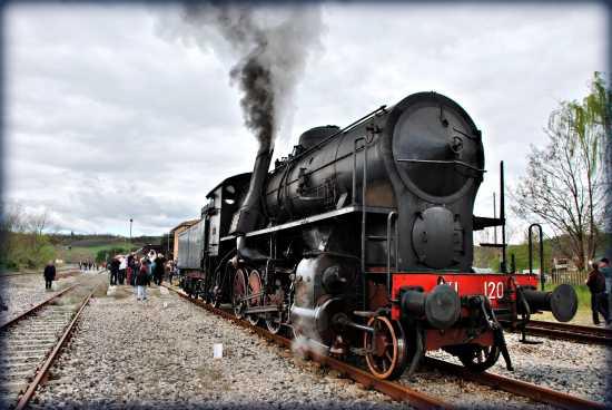 locomotiva a vapore 741.120 - Pistoia (3022 clic)