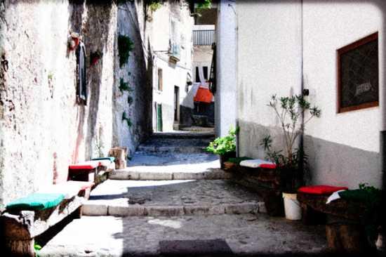 Vicolo - Peschici (2419 clic)