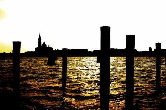 Canale - Venezia (2035 clic)
