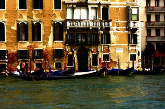 Canale - Venezia (1976 clic)