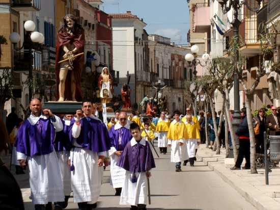 VENERDý DI PASSIONE  -PASQUA 2010 - Trinitapoli (1569 clic)