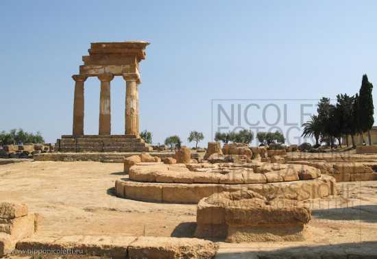 Tempio di Castore e Polluce - Agrigento (2447 clic)