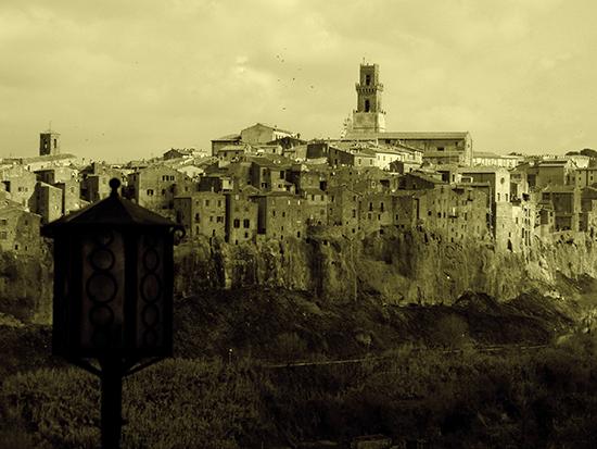 Skyline - Pitigliano (2634 clic)