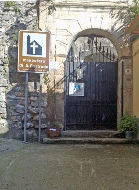 L'ANTICO MONASTERO DI S. GERTRUDE  - Castelcivita (2645 clic)