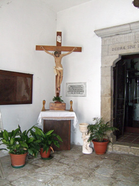 CHIESA DI SAN NICOLA - ATRIO - Petina (1666 clic)
