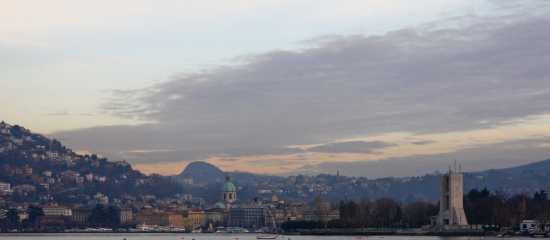 veduta panoramica di Como (1854 clic)