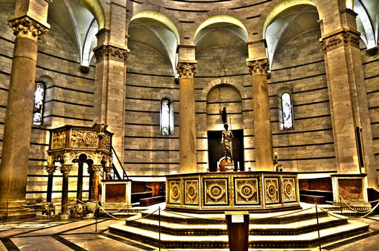 IL BATTISTERO - Pisa (1655 clic)