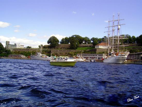 Il Porto sul Fiordo di Oslo - Messina (2836 clic)