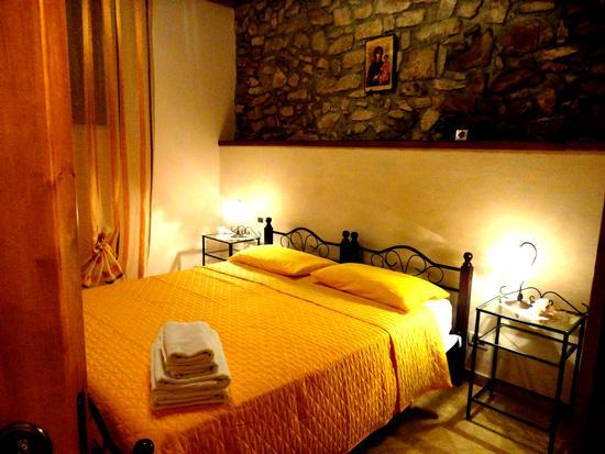 Casa vacanze Caccamo affacciato sul Castello (527 clic)