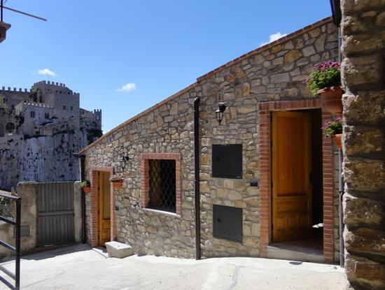 Casa Vacanze Caccamo (414 clic)