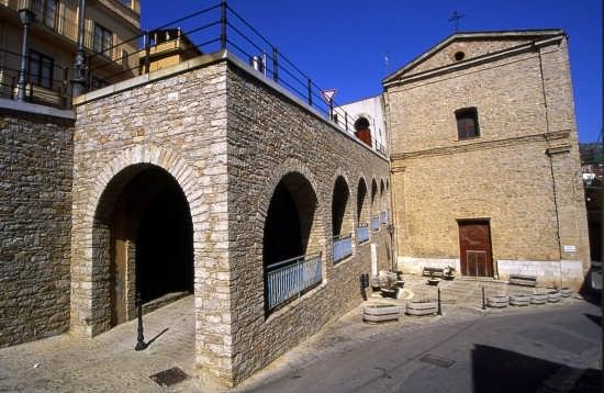 Scorcio angolo San Francesco Caccamo (Pa) (3869 clic)