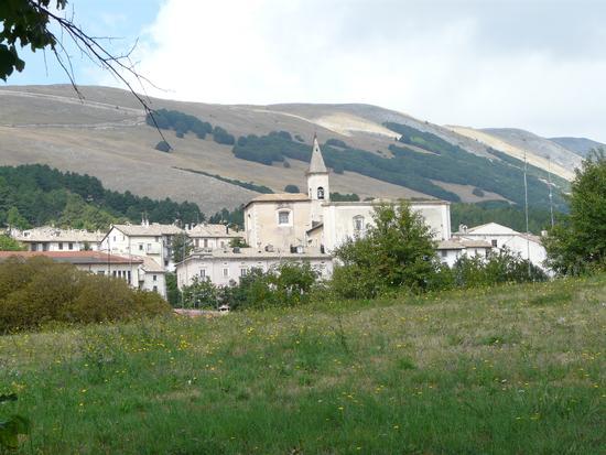 Basilica di Santa Maria del Colle - Pescocostanzo (2074 clic)
