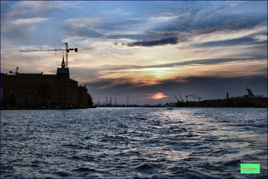 Venezia.  Il canale della Giudecca (2361 clic)