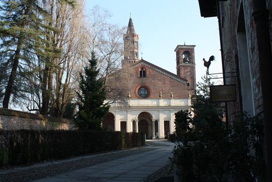 ABBAZIA DI CHIARAVALLE - MILANO - inserita il 29-Dec-10