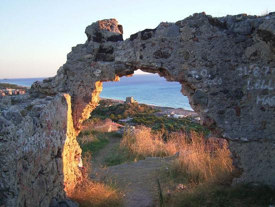 Rovine Castello Normanno - Scalea (5492 clic)