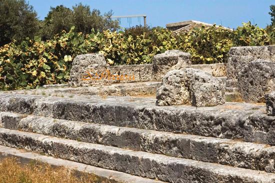 Tempio della vittoria - Termini imerese (3168 clic)